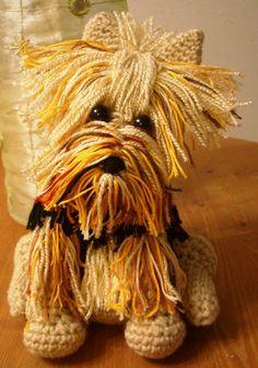 Amigurumi Yorkie Tutorial by Crochet Parfait  Free Pattern: http://crochetparfait.blogspot.com/2013/02/amigurumi-yorkie-tutorial.html  #TheCrochetLounge #Amigurumi #Animal Pick