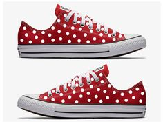 Red Converse Hand Painted with White Polka Dots by SweetAndColorful on Etsy Painted Converse, Blue Converse, Converse Style, Converse Shoes, Custom Converse, Custom Vans, Girls Sneakers, Best Sneakers, Girls Shoes