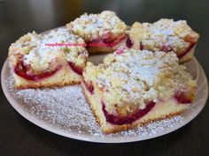 Raspberrybrunette: Jemný slivkový koláč s maslovou posýpkou  Jednoduc... Sweet Recipes, Cake Recipes, Czech Recipes, Croissants, Yummy Cookies, Sweet Tooth, French Toast, Food And Drink, Yummy Food