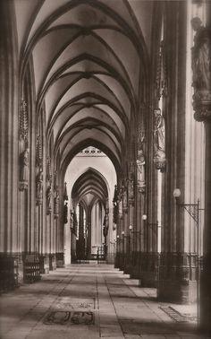 Gothic Architecture, Lot of 2 Vintage 1930s Photo Postcards St. John's Cathedral Hertogenbosch The Netherlands & Saint-Étienne-du-Mont Paris