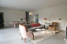 Woonbeton - Beton vloeren de Ronde New Homes, Dining Table, Kids Rugs, Flooring, Furniture, Home Decor, Ideas, Decoration Home, Kid Friendly Rugs