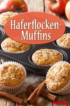 Rezept: Süße Haferflocken-Muffins Oatmeal is super healthy and delicious. Reason enough to try this simple muffin variant quickly Simple Muffin Recipe, Healthy Muffin Recipes, Healthy Muffins, Donut Recipes, Vegan Breakfast Recipes, Gourmet Recipes, Dessert Recipes, Cupcake Recipes, Muffins Sains