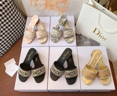 Chanel Purse, Chanel Bags, Best Designer Bags, Jeweled Shoes, Saint Laurent Bag, Latest Bags, Replica Handbags, Hermes Handbags, Cute Sandals