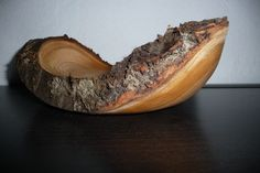 Diy Wood Projects, Wood Crafts, Diy And Crafts, Wood Bowls, Woodturning, Lathe, Wood Carving, Serving Bowls, Hand Carved