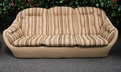Pod style couch