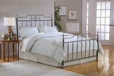 Hillsdale 1641BQR Amelia Queen Bed Set w/Rails