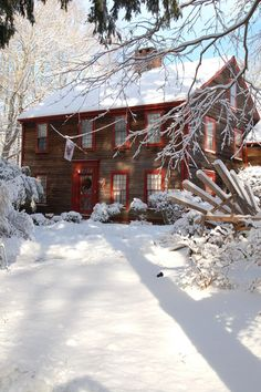 A Connecticut Inn in winter