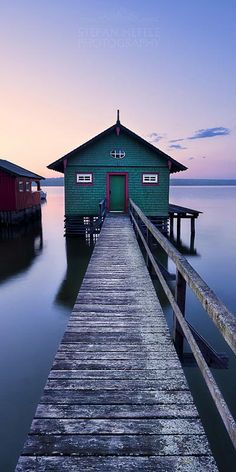 """The green boathouse - THE GREEN BOATHOUSE - Schondorf/AmmerseeThe first light in the morning is drenched in pastel shades. This striking boathouse lies in a perfect location and has just been waiting to be photographed.  Prints and licensing available.  <a href=""""https://www.facebook.com/StefanHefelePhotography"""">Facebook Fan Site</a>  <a href=""""http://www.stefan-hefele.de/en/news.html"""">www.stefan-hefele.de</a>"""