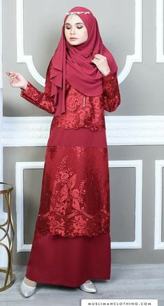 Red 👗 @muslimahclothing