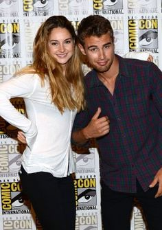 Oh my gosh I'm in love<3 divergent is the best movie.
