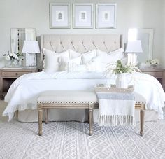 Neutral bedroom with tufted heardboard bench whit Neutral bedroom decor ideas. Neutral bedroom with tufted heardboard bench whit Neutral Bedroom Decor, Bedroom Setup, Neutral Bedrooms, Shabby Chic Bedrooms, Trendy Bedroom, Home Decor Bedroom, Linen Bedroom, White Bedrooms, Light Gray Bedroom