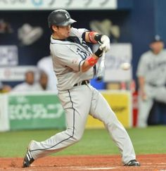 Hiroyuki Nakajima blasted a solo home run, his 12th of the year, to left-center off Kei Igawa in the top of the 3rd inning at Kyocera Dome Osaka on Wednesday, August 15, 2012.