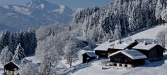 Samoëns est un des plus grands espaces débutants pour le #ski, on n'hésite plus à se lancer! #HauteSavoie Destinations, Rando, Beautiful World, Mount Everest, Skiing, Snow, Mountains, Nature, Travel
