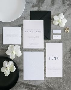 A minimalist wedding in white, black, and gray with minimalism at its center. Wedding Day Invitations, Wedding Stationery, Wedding Book, Dream Wedding, Wedding Rings, Monochrome Weddings, Modern Minimalist Wedding, Getting Ready Wedding, Maroon Wedding