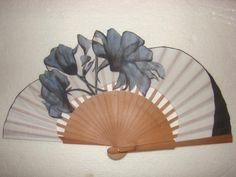 Antique Fans, Vintage Fans, Hand Held Fan, Hand Fans, Fan Decoration, Wedding Fans, Japanese Design, Chinese Culture, Victorian Fashion