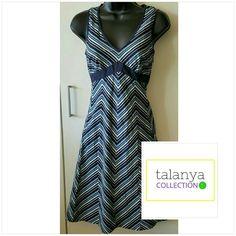 Ann Taylor v neck tank dress Side zipper,  petite size Ann Taylor Dresses
