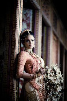 Amazing photo and Sri Lankan homecoming / going away saree by Studio Seyana