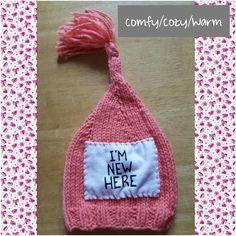"""I'm New Here"" infant newborn knit stocking cap / photo prop Knit Stockings, Photo Props, Knit Crochet, Infant, Cap, Knitting, Pattern, Baseball Hat, Baby"