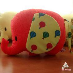 Boom diiaaa!  Das novidades fofas que estarão  te esperando na Feira Nacional de Artesanato! Elefantinhos lindos pra decorar o quartinho dos pequenos!   De 01 a 06/12, Stand EE30, no ExpoMinas - BH   #pontinhosdeminas #feiranacionaldeartesanato #fna #decor #decorbaby #elefante #elefantinho #elephant #quarto #room #feitoamao #handmade #embroidery #decoracao #crianca #child #kids #baby #minas #minasgerais #brasil