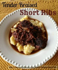 Tender Braised Short Ribs in the Slow Cooker