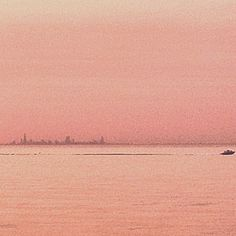 A silhouette of Chicago's skyline.