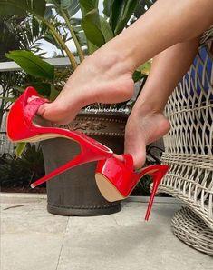 Delicious female feet Thigh High Heels, Hot High Heels, High Heels Stilettos, Womens High Heels, Stiletto Heels, Tan Strappy Heels, Sexy Heels, Pantyhose Heels, Stockings Heels