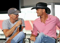 Tim McGraw & Kenny Chesney interview right before the kick off of their all stadium Brothers of the Sun tour back in Country Love Songs, Country Music Artists, Country Music Stars, Country Singers, Country Boys, Country Concerts, I Still Love Him, Love My Husband, My Boyfriend Quotes