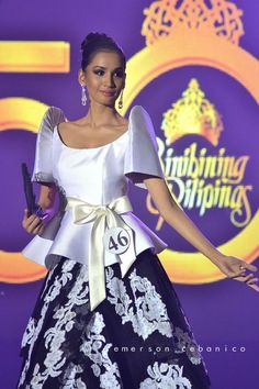 New sewing skirts long beautiful 67 Ideas Maria Clara Dress Philippines, Philippines Outfit, Philippines Fashion, Modern Filipiniana Gown, Filipiniana Wedding, Girls Dresses, Prom Dresses, Long Skirts For Women, Traditional Dresses