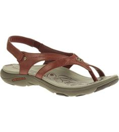 Begging for adventures near and far, this go-to sport sandal knows a thing or two about how to make comfort in motion look good: 1. Svelte, refined and secure thong leather upper  2. Natural flexing, fluid fitting M Select MOVE midsole 3. Tenaciously grabby, specially tuned M Select GRIP traction. Get your move on!