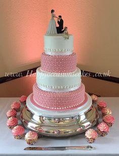 Four tier with quilted effect