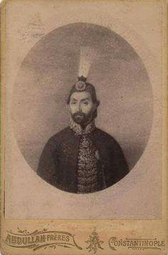 İlk fotoğraf çektiren padişah: Sultan Abdülmecid  Fotoğrafı çekenler: Abdullah Biraderler