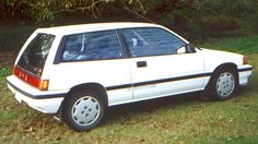 1985 Honda Civic Pictures: See 28 pics for 1985 Honda Civic. Browse interior and exterior photos for 1985 Honda Civic. Get both manufacturer and user submitted pics. Honda Civic Hatchback, Honda Civic Si, Latest Cars, Japanese Cars, Flowers Nature, Classic Cars, Bike, Hatchbacks, Inspiration