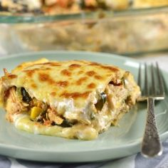 A traditional Tortilla Casserole (Pastel Azteca) recipe with chicken, poblano peppers and corn that you can enjoy with the whole family. Tortilla Casserole, Casserole Recipes, Mexican Dishes, Mexican Food Recipes, Ethnic Recipes, Latin Food, International Recipes, Love Food, Recipes