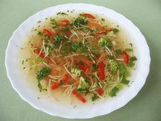 Könnyű zöldségleves Hungarian Recipes, Hungarian Food, Thai Red Curry, Spaghetti, Ethnic Recipes, Hungarian Cuisine, Noodle