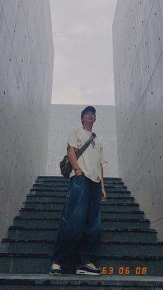 Namjoon, Rapmon, Foto Jungkook, V Taehyung, Foto Bts, Bts Photo, Bts Pictures, Travel Pictures, Bts Qoutes