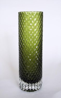 Fixed blown clear or olive green glass. 220 and 280 mm. Modern Glass, Modern Contemporary, Glass Vessel, Glass Art, Glass Design, Design Art, Crystal Glassware, Retro Art, Vases Decor