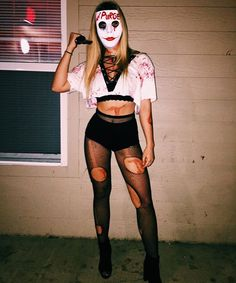 33 Best Amazing Halloween costumes For Women On Halloween, costumes become the best weapon in the fight, and people dress up f… – Best Friends Forever Costume Halloween Femme Simple, Amazing Halloween Costumes, Halloween Outfits, Women Halloween, Halloween Makeup, Halloween Zombie, Cheap Halloween, Zombie Makeup, Scary Makeup