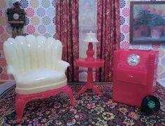 Renwal LADIES CHAIR & RADIO-PHONO Vintage Tin Dollhouse Furniture Plastic 1:16 #Renwal