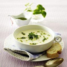 Kohlrabi-Suppe mit Kresse und Kräuterpesto Rezept