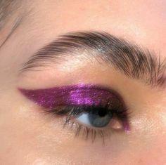 Eye Makeup, Glam Makeup, Makeup Inspo, Makeup Art, Makeup Inspiration, Airbrush Makeup, Dress Makeup, Creative Inspiration, Cool Makeup Looks