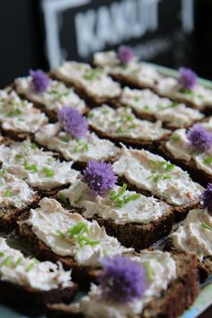 Bread Recipes, Sprouts, Cabbage, Rolls, Vegetables, Drinks, Christmas, Finger Food, Navidad