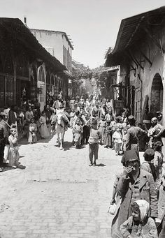 In Straight Street. Damascus, Syria. 1900-1920.