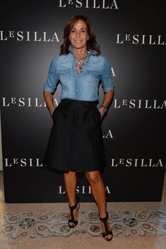 Cristina Parodi * Rainbow of celebrities to the presentation of the sublime Le Silla Collection Fall Winter Mode Outfits, Fashion Outfits, Womens Fashion, Dress Fashion, Look Camisa Jeans, Work Fashion, Fashion Looks, Formal Fashion, Fashion Fashion