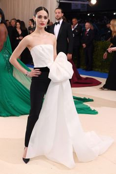 Emmy Rossum in Carolina Herrera at the 2017 Met Gala.