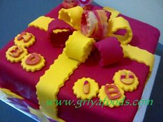 GriYa Foods: Cara Mudah Menghias Kue Ulang Tahun dengan Bahan Fondant. www.griyafoods.com Birday Cake, Pudding, Desserts, Food, Tailgate Desserts, Deserts, Custard Pudding, Essen, Puddings