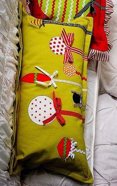 2013 christmas pillows design #christmas #pillow #handmade www.loveitsomuch.com
