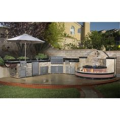 Signature Living Curved Custom Outdoor Kitchen C-04 | WoodlandDirect.com: BBQ Grills, Islands & Kitchens, Curved Outdoor Kitchens & Islands