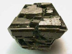 Epidote crystal, Green Monster Mine, Alaska, USA. Photo by Michael P. Klimetz