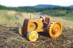 Juguete Tractor de madera