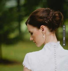 Like this - Complete Your Bridal Look with Stylish  . To see more: | CHECK OUT MORE IDEAS AT WEDDINGPINS.NET | #weddings #hair #weddinghair #weddinghairstyles #hairstyles #events #forweddings #iloveweddings #romance #beauty #planners #fashion #weddingphotos #weddingpictures